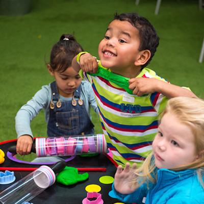 Kids parties fun activities - Play Dough Station