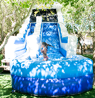 Wave Slide - Rides at Bugz Family Playpark