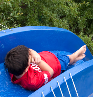 Speed Water Slide - Rides at Bugz Family Playpark