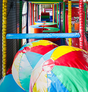 Enjoy the indoor play areas at the best kids playpark in Cape Town - Bugz Family Playpark.