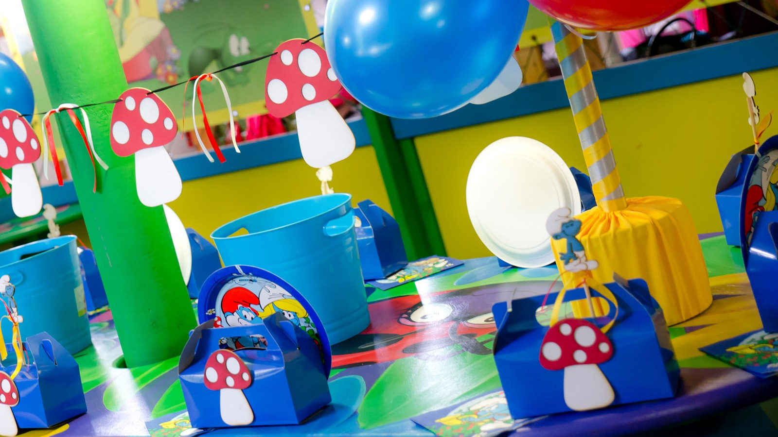 Bugz Playpark | Parties | Smurfs Party