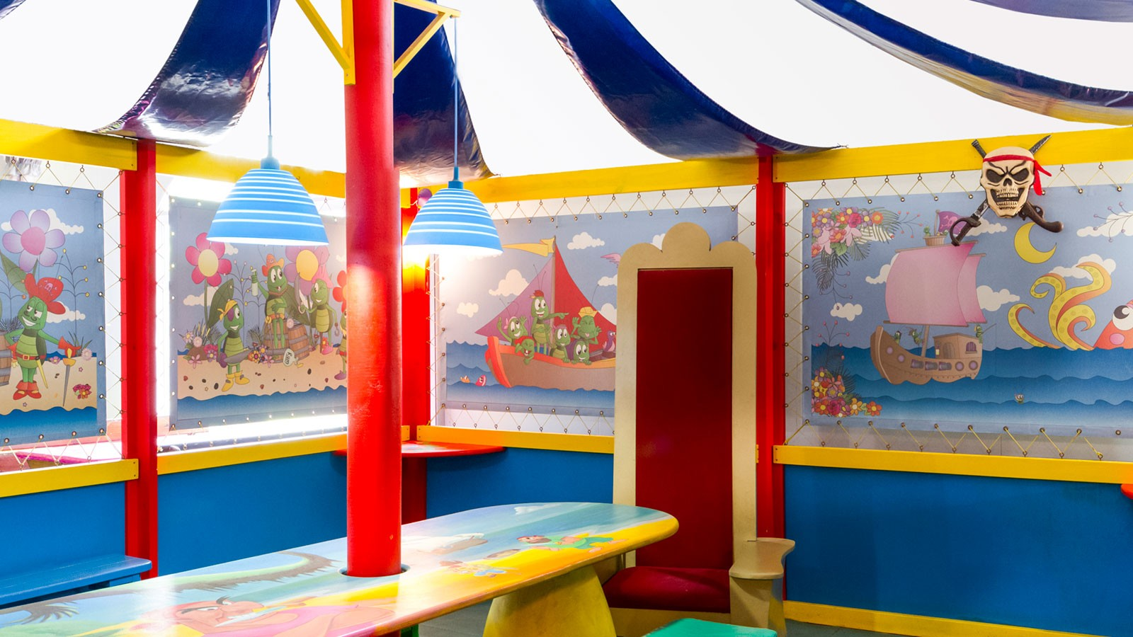 Bugz Playpark   Indoor Party Venues   Pirates Cove